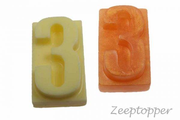 zeep cijfer 3 (Z-1563)