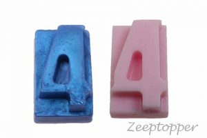zeep cijfer 4 (Z-1564)