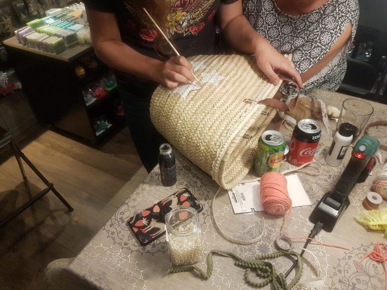 Workshop Ibiza tas maken voor volwassenen bij de Zeeptopper
